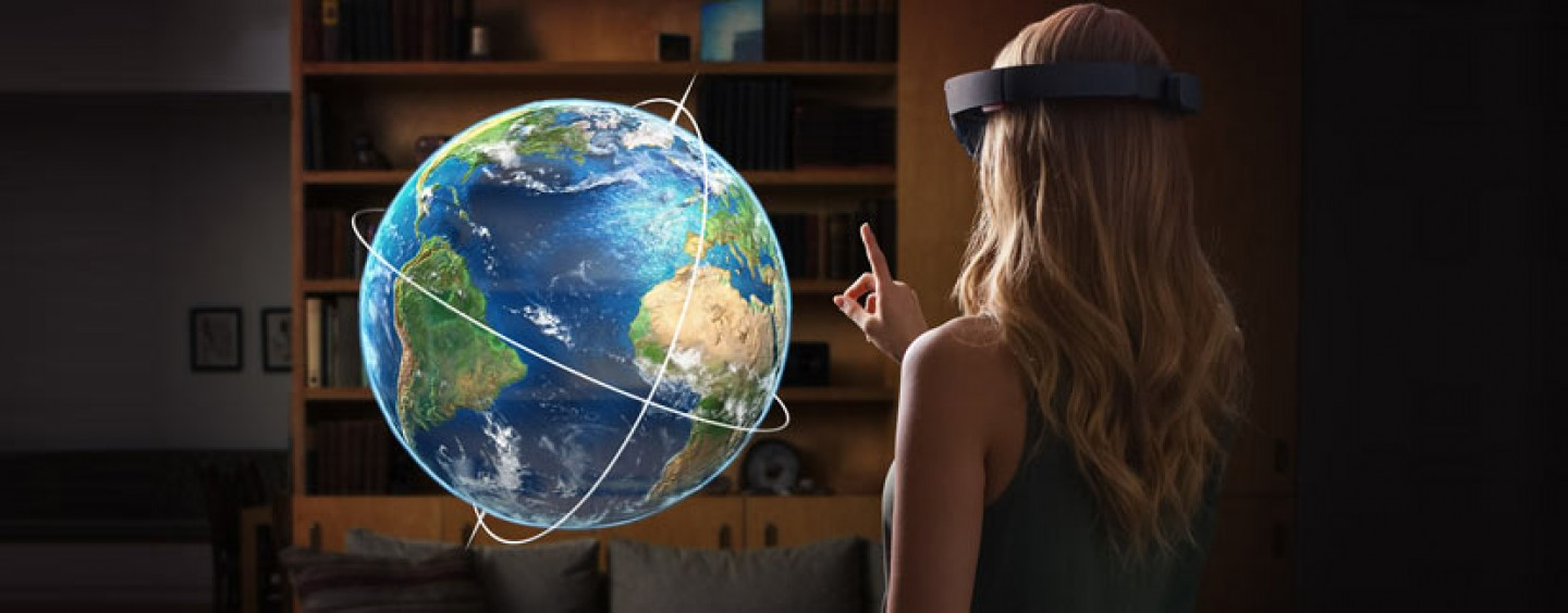 Microsoft Hololens: Time For Some Biggest Transformation!