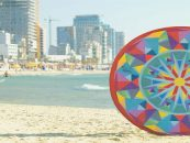 Pop-Up Beach Mat a Loyal Friend for Summer Days at Sandy Shores