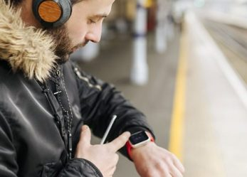 You Need This Smartwatch If You Always Catch Cold In The Office