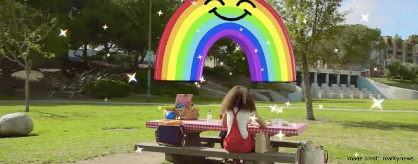 Give 3D Effects To Your Snapchat Photos & Videos With World Lenses
